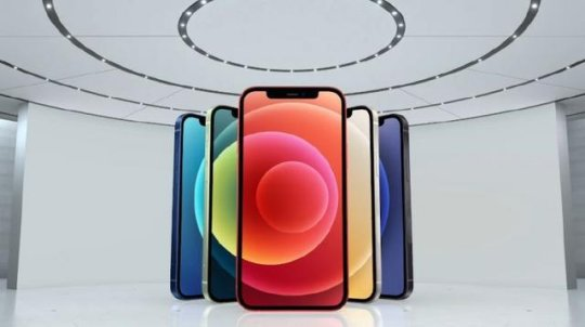 Iphone 12发布会惊现LOL手游 手游终于要来了?